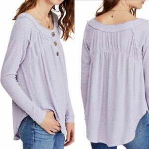 ✨Free People ✨ Must Have Henley Top🌸